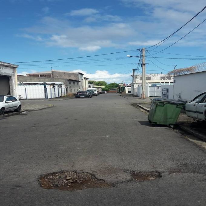 Vente Immobilier Professionnel Local commercial Baillif (97123)