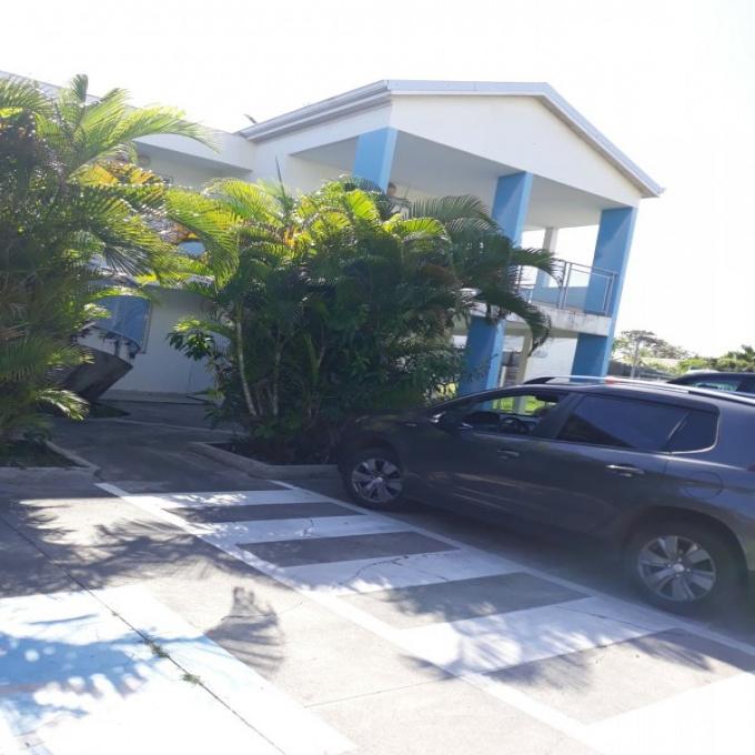 Location Immobilier Professionnel Local professionnel Capesterre-Belle-Eau (97130)